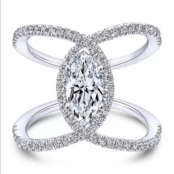 Jewelry - 🍷White Sapphire Marquis X Band  in .925